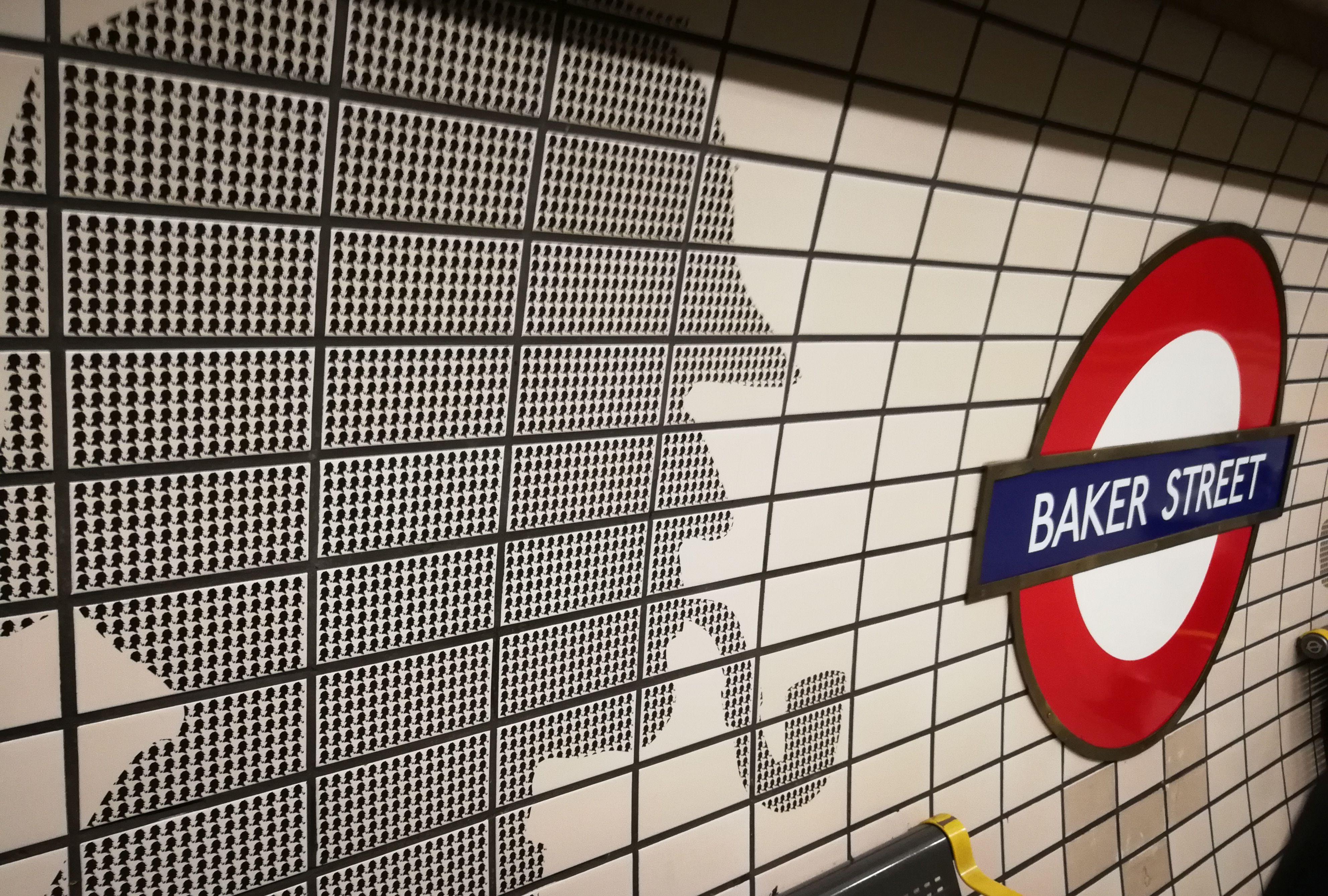 Londono metro stotelė.